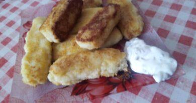 Картофельные котлеты из пюре, жареные на сковороде